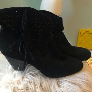 Jessica Simpson Black Suede fringe Bootie Size 9.5